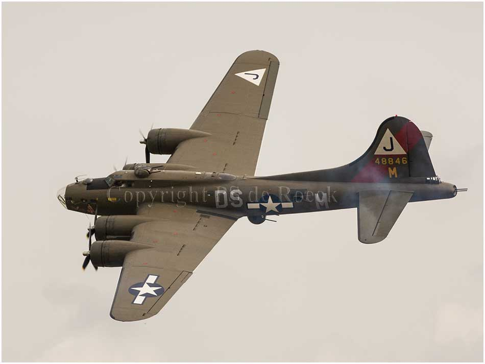 Boeing B17 Flying Fortress Pink Lady